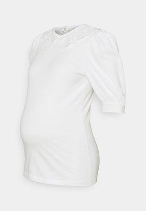 MLBIRGIT - T-shirt z nadrukiem - snow white