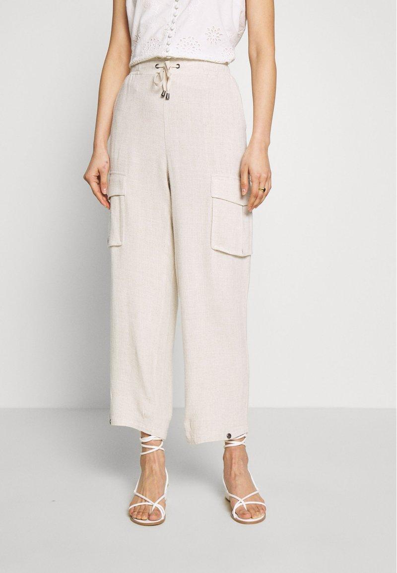 Cream - LORINE PANTS - Trousers - ote melange