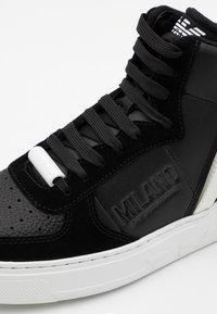 Emporio Armani - Sneakersy wysokie - nero - 5