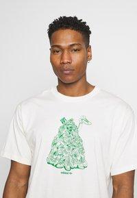 adidas Originals - STAN UNITE TEE UNISEX - T-shirt con stampa - off-white - 3