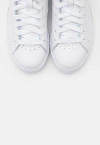 Diadora - GAME OPTICAL - Zapatillas altas - white/geranium - 5