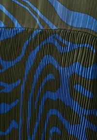 Denim Hunter - Day dress - blue zebra print - 7