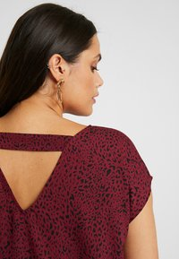 Even&Odd Curvy - Blouse - dark red/black - 5