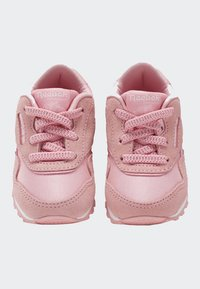 Reebok Classic - CLASSIC NYLON SHOES - Trainers - pink - 1