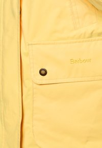Barbour - CLYDE JACKET - Light jacket - dandelion - 4