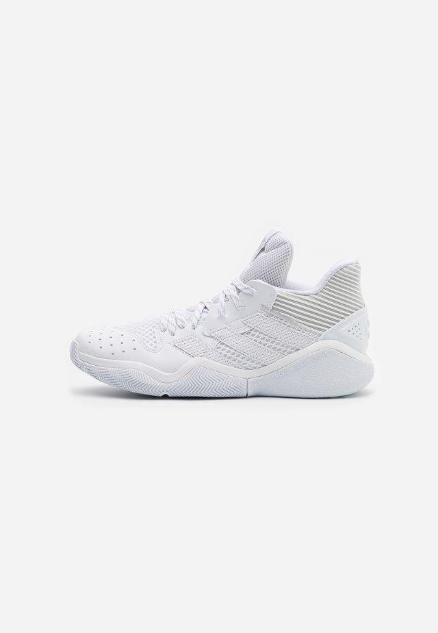 HARDEN STEPBACK - Obuwie do koszykówki - grey one/footwear white