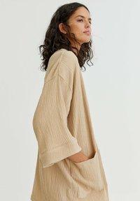PULL&BEAR - CRÊPE - Summer jacket - mottled beige - 3