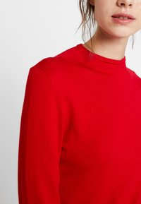 comma casual identity - REPEAT TURTLE NECK JUMPER - Jumper - red - 5