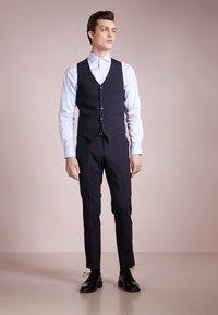 Tiger of Sweden - LITT - Suit waistcoat - sky captain - 1