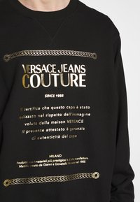 Versace Jeans Couture - CREW LABEL LOGO - Sweater - black - 4
