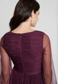 Anaya with love Maternity - LACE BARDOT WITH LONG SLEEVES - Robe de cocktail - burgundy - 5