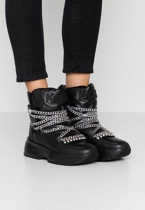 CASSIA - Zimní obuv - black