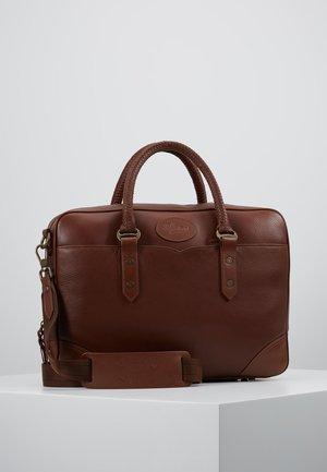 BRIEFCASE - Briefcase - whiskey