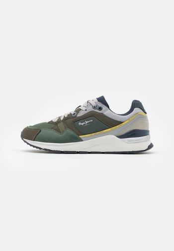 X20 MONOCHROME  - Sneakers - khaki green
