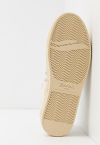 Genesis - SOLEY TUMBLED - Sneakers basse - offwhite - 4