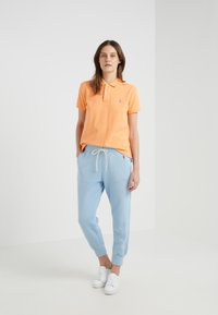 Polo Ralph Lauren - SEASONAL - Pantalones deportivos - powder blue - 1