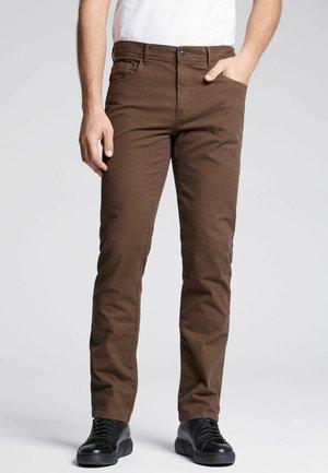 VINCENZO - Spodnie materiałowe - brown