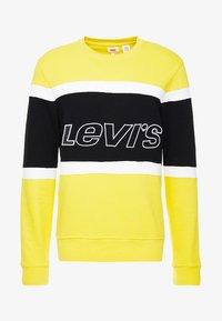 Levi's® - PIECED CREW - Sweatshirt - yellow - 4