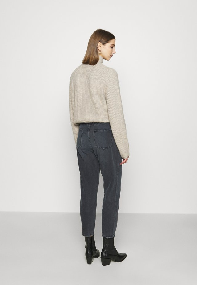 HIGH RISE MOM JEANS - Relaxed fit -farkut - dark grey
