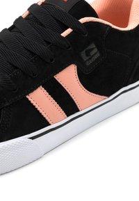 Globe - ENCORE  - Skateschoenen - black/salmon - 5