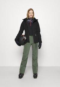 J.LINDEBERG - WATSON - Pantalón de nieve - thyme green - 1