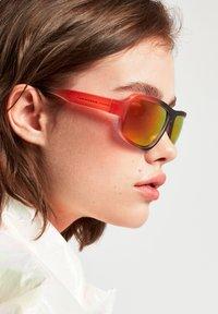 Hawkers - F18 - Sunglasses - black - 1