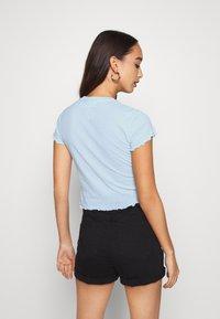 Weekday - SENA  - Print T-shirt - light blue - 2