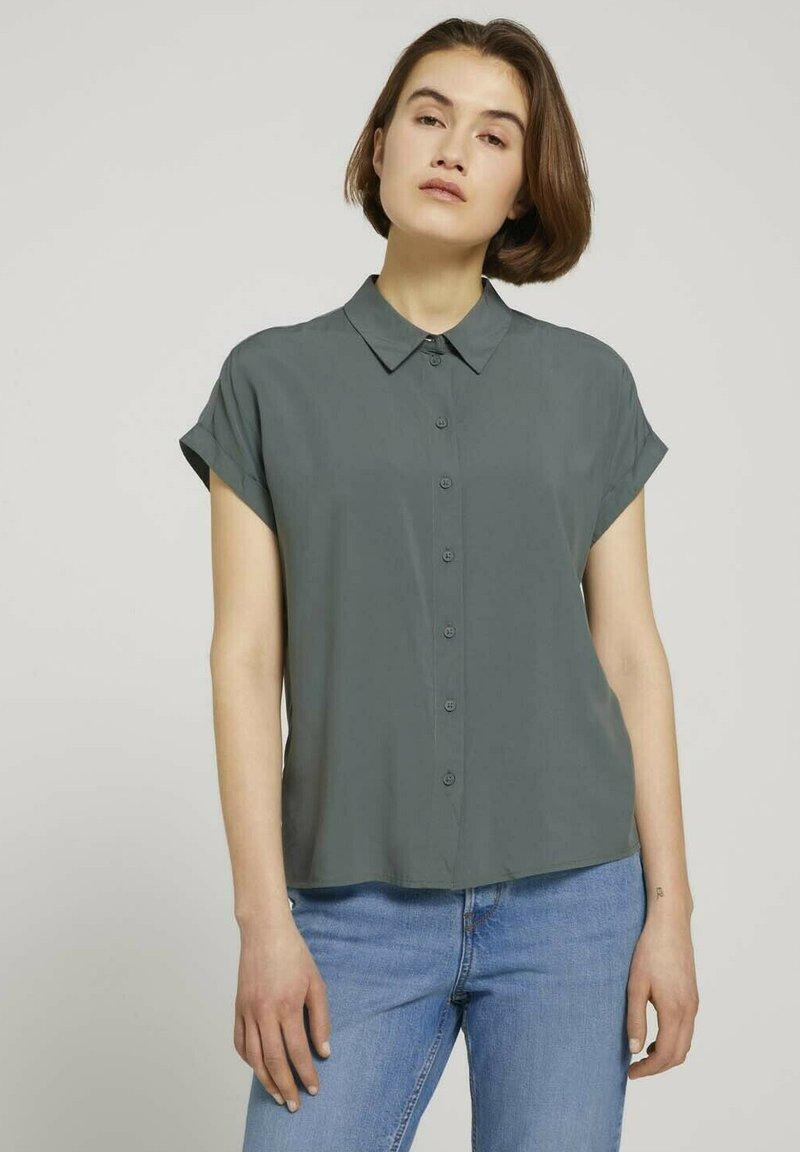 TOM TAILOR DENIM - Button-down blouse - dusty pine green