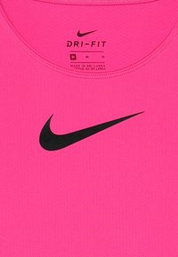 Nike Performance - Jednoduché triko - vivid pink/black - 3