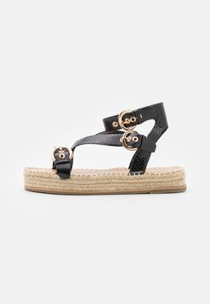 WIDE FIT KOENA - Sandały na platformie - black