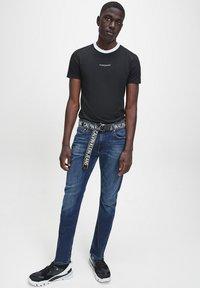 Calvin Klein Jeans - Slim fit jeans -  BLACK - 1