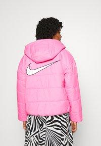 Nike Sportswear - CORE  - Lehká bunda - beyond pink/white/black - 2