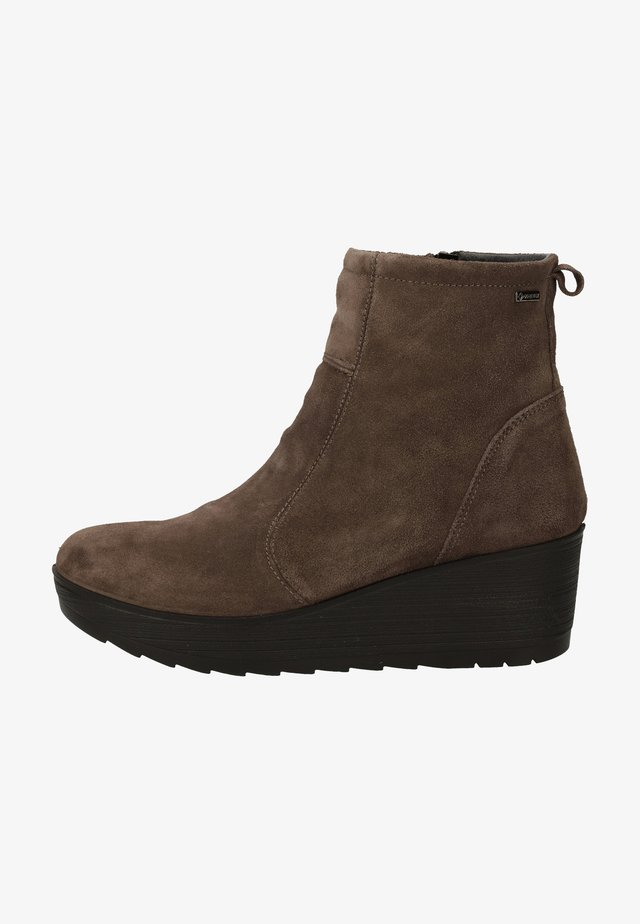 Wedge Ankle Boots - grig.scuro