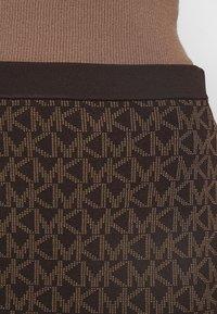 MICHAEL Michael Kors - BOLD  LOGO SKIRT - Pencil skirt - chocolate - 4