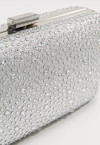 L. CREDI - Pochette - silver - 4