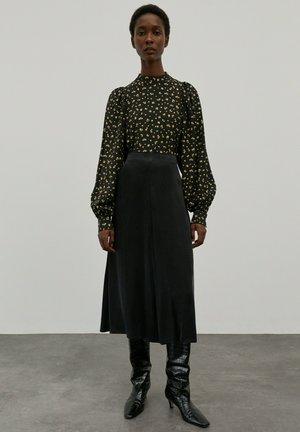 ROCK MERCY - A-line skirt - schwarz
