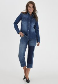 Dranella - DRLULU 1 TRACY JEANS - PATCHED JEANS - Slim fit jeans - mid blue denim - 1