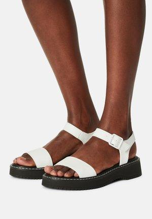 HARIS - Platform sandals - white