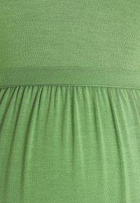MAMALICIOUS - MLKAYLY DRESS MAXI  - Maxikjole - turf green - 2