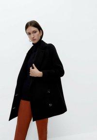 Uterqüe - Short coat - black - 4