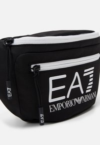 EA7 Emporio Armani - BELT BAG UNISEX - Ledvinka - black/white - 3