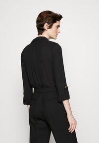 Elisabetta Franchi - Button-down blouse - nero - 2