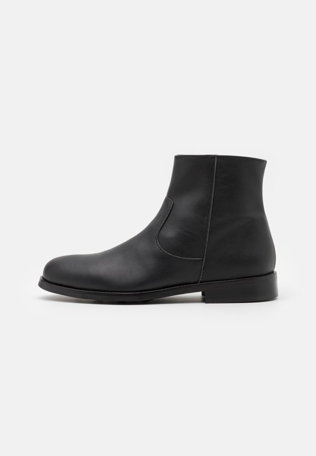 LESTER VEGAN - Bottines - black