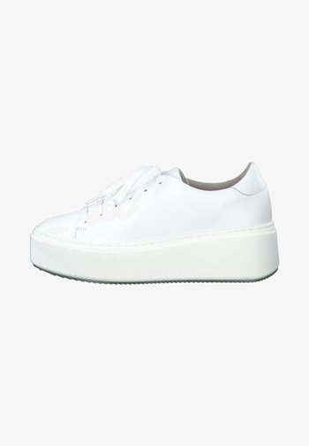 Sneakers - white leather