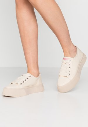 ZADIE LACE SHOES - Trainers - ecru