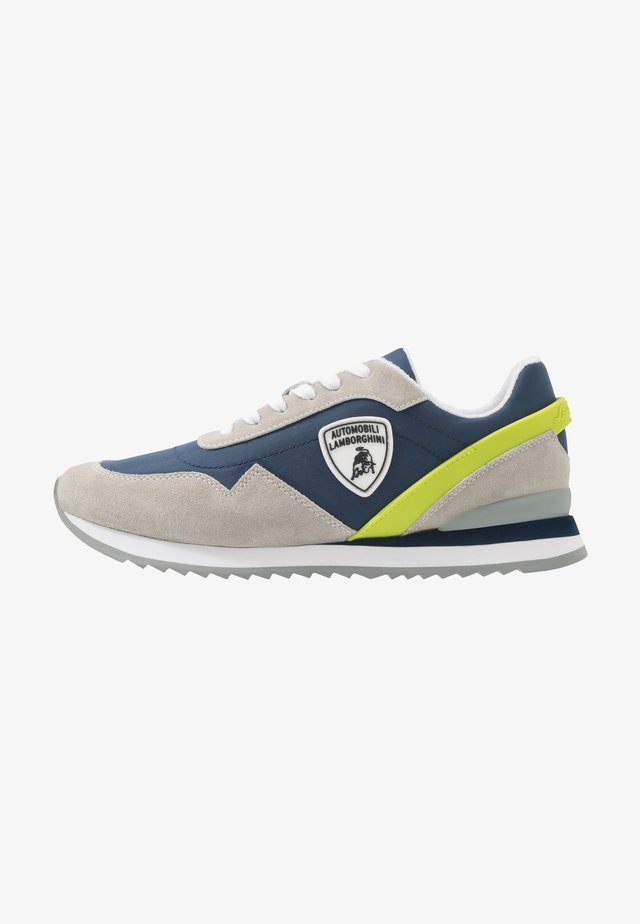 Trainers - light indigo