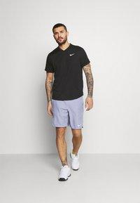 Nike Performance - T-shirt - bas - black/black/white - 1