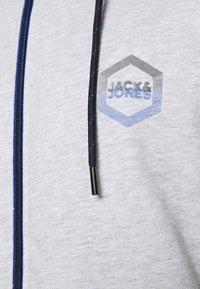 Jack & Jones - JJDELIGHT ZIP HOOD - Sweatjakke - light grey melange - 5