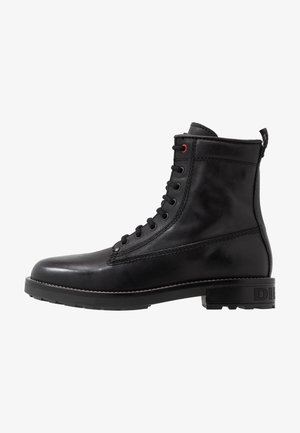 D-THROUPER DBB Z - Lace-up ankle boots - black