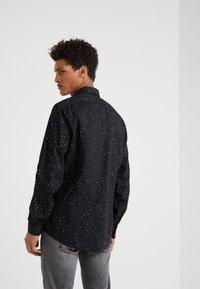DRYKORN - RUBEN - Shirt - black - 2